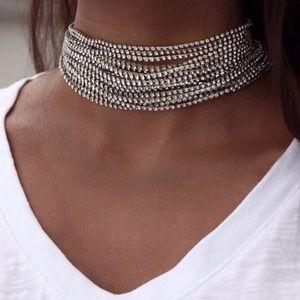 🎀 NEW • Silver Crystal Multilink Choker •